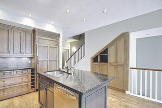 Photo 8: 1715 College Lane SW in Calgary: Lower Mount Royal Row/Townhouse for sale : MLS®# A1134459