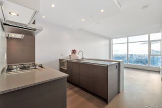 Photo 6: 3501 4670 ASSEMBLY Way in Burnaby: Metrotown Condo for sale (Burnaby South)  : MLS®# R2321179