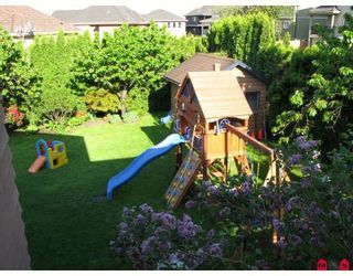 Photo 8: 7630 148TH Street in Surrey: East Newton House for sale : MLS®# F2910435