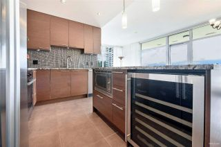 "Photo 13: 1002 6168 WILSON Avenue in Burnaby: Metrotown Condo for sale in ""JEWEL II"" (Burnaby South)  : MLS®# R2462727"