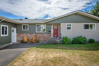Photo 12: 2045 Beaufort Ave in : CV Comox (Town of) House for sale (Comox Valley)  : MLS®# 884580
