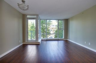 """Photo 3: 305 550 PACIFIC Street in Vancouver: Yaletown Condo for sale in """"AQUA AT THE PARK"""" (Vancouver West)  : MLS®# R2580655"""