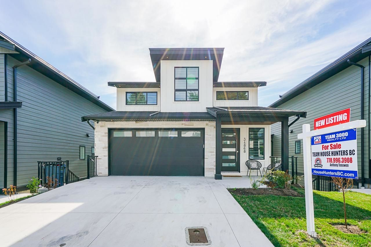 Main Photo: 34868 ACKERMAN Court in Abbotsford: Abbotsford East House for sale : MLS®# R2618716