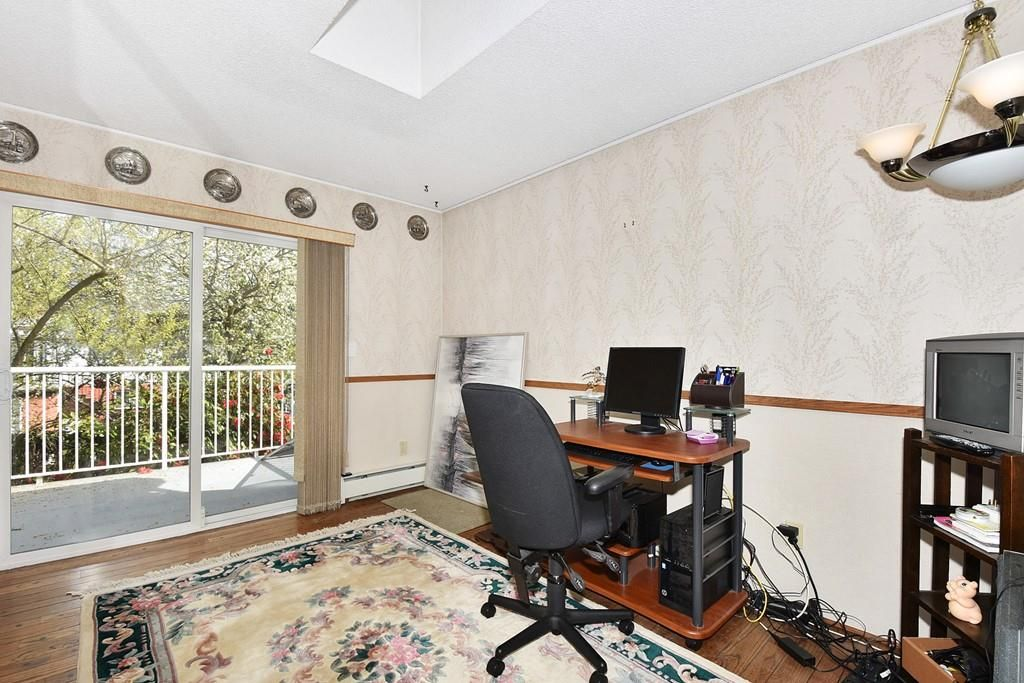 Photo 14: Photos: 2451 PARKER Street in Vancouver: Renfrew VE House for sale (Vancouver East)  : MLS®# R2160159