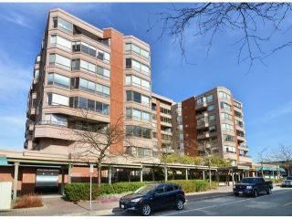 "Photo 1: 709 15111 RUSSELL Avenue: White Rock Condo for sale in ""PACIFIC TERRACE"" (South Surrey White Rock)  : MLS®# F1405374"