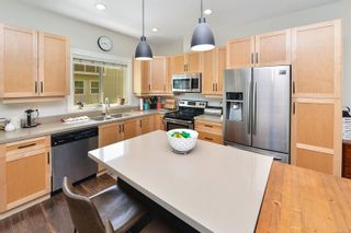 Photo 14: 111 2889 CARLOW Rd in : La Langford Proper Row/Townhouse for sale (Langford)  : MLS®# 878589