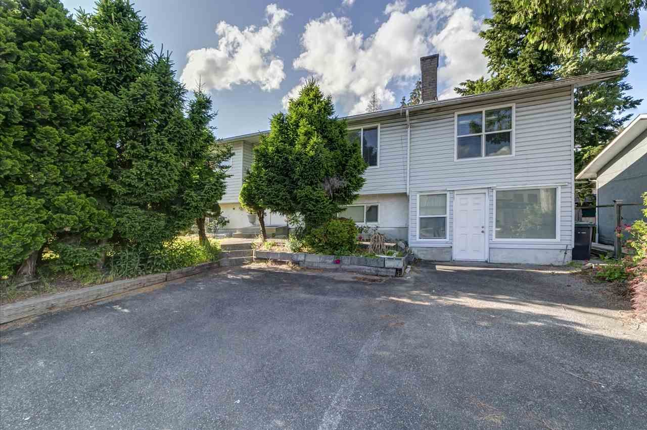Main Photo: 1903 COMO LAKE Avenue in Coquitlam: Harbour Place House for sale : MLS®# R2463988