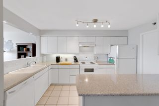 """Photo 16: 701 518 W 14TH Avenue in Vancouver: Fairview VW Condo for sale in """"PACIFICA"""" (Vancouver West)  : MLS®# R2614873"""