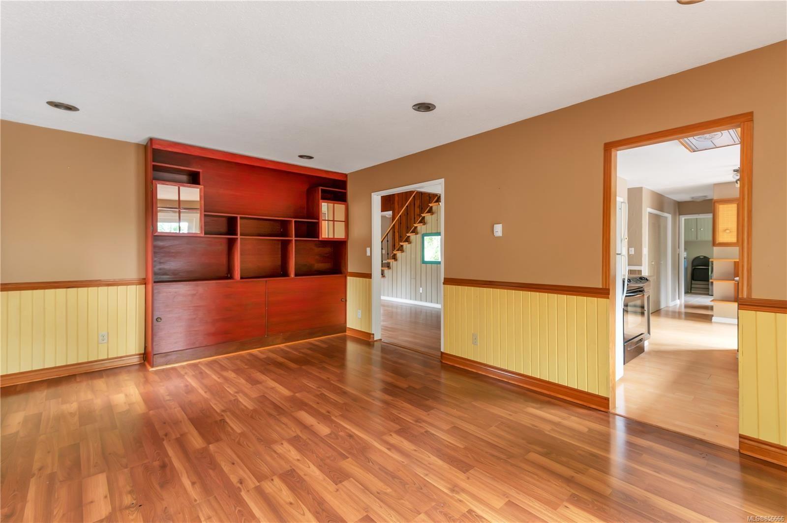 Photo 14: Photos: 2468 Oakes Rd in : CV Merville Black Creek House for sale (Comox Valley)  : MLS®# 856666
