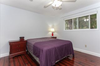 """Photo 10: 5811 ANGUS Place in Surrey: Cloverdale BC House for sale in """"Jersey Hills"""" (Cloverdale)  : MLS®# R2326051"""
