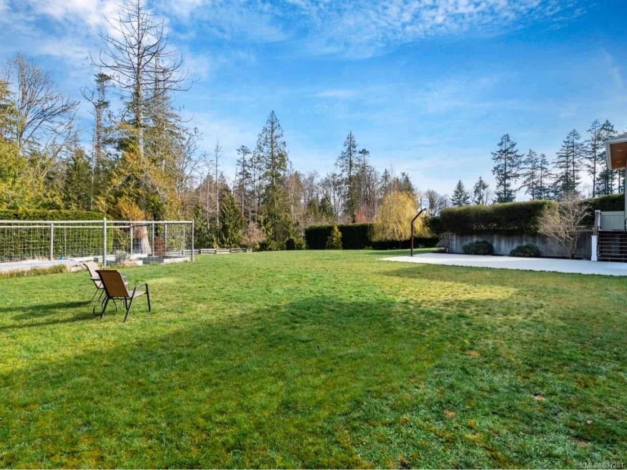 Photo 48: Photos: 925 Lilmac Rd in MILL BAY: ML Mill Bay House for sale (Malahat & Area)  : MLS®# 837281