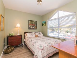 Photo 16: 1165 VIDAL STREET in South Surrey White Rock: White Rock Home for sale ()  : MLS®# R2101802