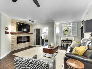 """Photo 5: 201 2665 W BROADWAY in Vancouver: Kitsilano Condo for sale in """"MAGUIRE BUILDING"""" (Vancouver West)  : MLS®# R2580256"""