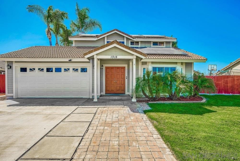 Main Photo: OUT OF AREA House for sale : 3 bedrooms : 1315 Rosalie Ct in Redlands