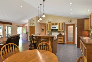 Photo 6: 6139 REEVES Road in Sechelt: Sechelt District House for sale (Sunshine Coast)  : MLS®# R2553170