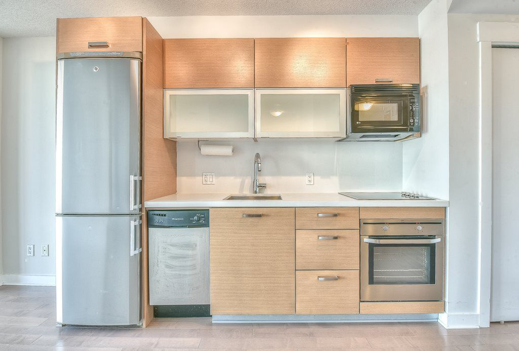 "Main Photo: 1501 13380 108 Avenue in Surrey: Whalley Condo for sale in ""City Point 2"" (North Surrey)  : MLS®# R2338727"