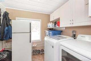 Photo 15: 9 1536 Middle Rd in VICTORIA: VR Glentana Manufactured Home for sale (View Royal)  : MLS®# 822417