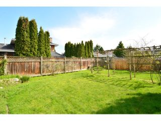 """Photo 19: 1820 140B Street in Surrey: Sunnyside Park Surrey House for sale in """"Ocean Bluff"""" (South Surrey White Rock)  : MLS®# F1436536"""