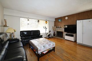 Photo 1: 3605 MARSHALL Street in Vancouver: Grandview Woodland House for sale (Vancouver East)  : MLS®# R2613055