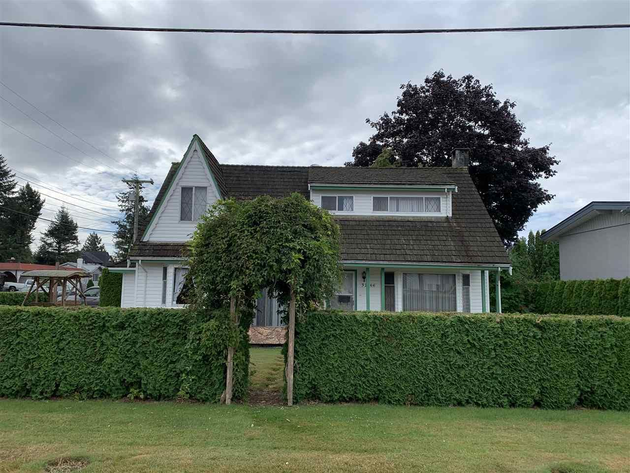 Main Photo: 32166 DORMICK Avenue in Abbotsford: Central Abbotsford House for sale : MLS®# R2489811