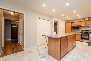 """Photo 14: 10248 159A Street in Surrey: Guildford House for sale in """"Somerset"""" (North Surrey)  : MLS®# R2533227"""