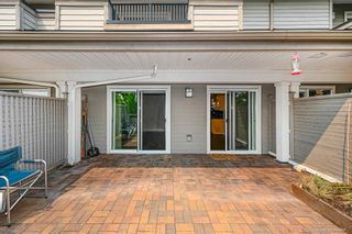 """Photo 10: 1119 ST. ANDREWS Avenue in North Vancouver: Central Lonsdale Townhouse for sale in """"St. Andrews Gardens"""" : MLS®# R2605968"""