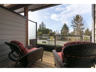 """Photo 14: 204 13585 16 Avenue in Surrey: Crescent Bch Ocean Pk. Townhouse for sale in """"BAYVIEW TERRACE"""" (South Surrey White Rock)  : MLS®# R2259176"""