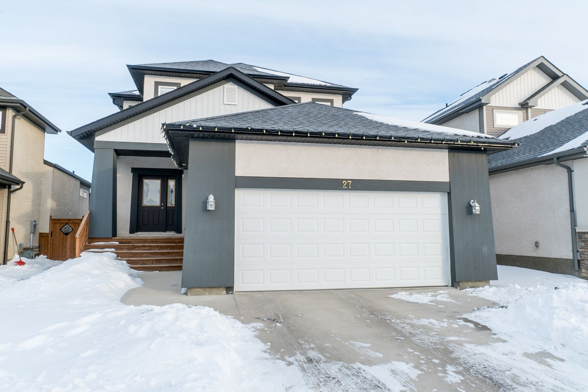 Main Photo: 27 Moonbeam Way | Sage Creek Winnipeg