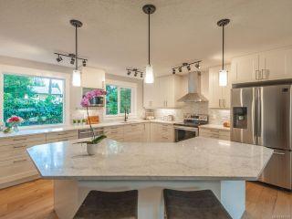 Photo 1: 527 Cleek Close in QUALICUM BEACH: PQ Qualicum Beach House for sale (Parksville/Qualicum)  : MLS®# 834034