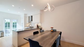 """Photo 3: 8 1133 RIDGEWOOD Drive in North Vancouver: Edgemont Townhouse for sale in """"EDGEMONT WALK"""" : MLS®# R2565453"""
