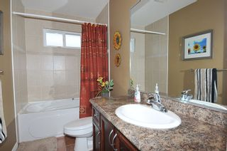 """Photo 15: 11735 GILLAND Loop in Maple Ridge: Cottonwood MR House for sale in """"RICHMOND HILL"""" : MLS®# R2027944"""