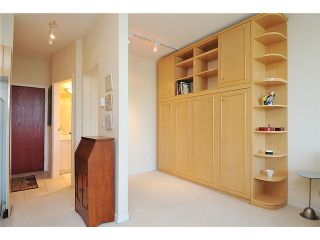 """Photo 5: 2406 1239 W GEORGIA Street in Vancouver: Coal Harbour Condo for sale in """"VENUS"""" (Vancouver West)  : MLS®# V929184"""