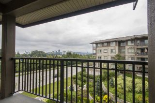 """Photo 12: 413 3156 DAYANEE SPRINGS Boulevard in Coquitlam: Westwood Plateau Condo for sale in """"TAMARACK BY POLYGON"""" : MLS®# R2091933"""