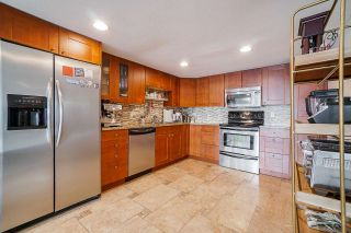 Photo 9: 74 2212 FOLKESTONE Way in West Vancouver: Panorama Village Condo for sale : MLS®# R2555777
