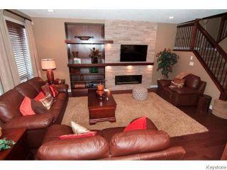 Photo 6: 60 DANA Crescent in WINNIPEG: West Kildonan / Garden City Residential for sale (North West Winnipeg)  : MLS®# 1517878