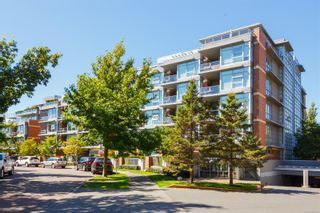 Photo 1: 409 365 Waterfront Cres in Victoria: Vi Rock Bay Condo for sale : MLS®# 887494