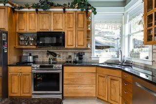 Photo 4: 10569 Okanagan Centre Road, W in Lake Country: House for sale : MLS®# 10230840