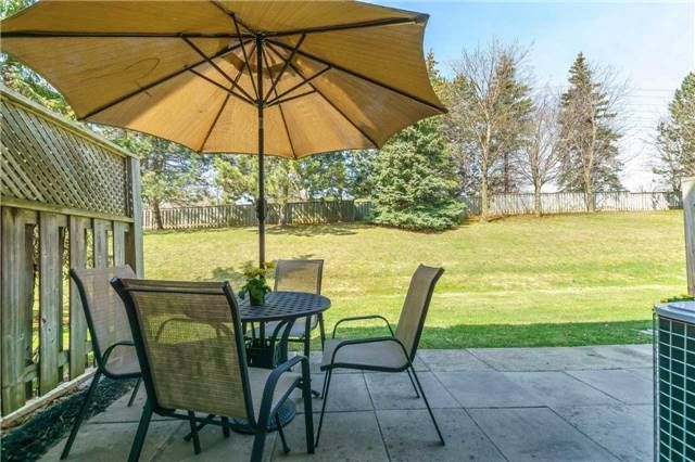 Photo 3: Photos: 48 1610 E Crawforth Street in Whitby: Blue Grass Meadows Condo for sale : MLS®# E4125009