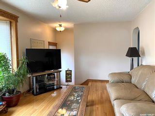 Photo 3: 522 B Avenue East in Wynyard: Residential for sale : MLS®# SK851322