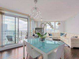 Photo 7: 3002 583 BEACH CRESCENT in Vancouver: Yaletown Condo for sale (Vancouver West)  : MLS®# R2043293