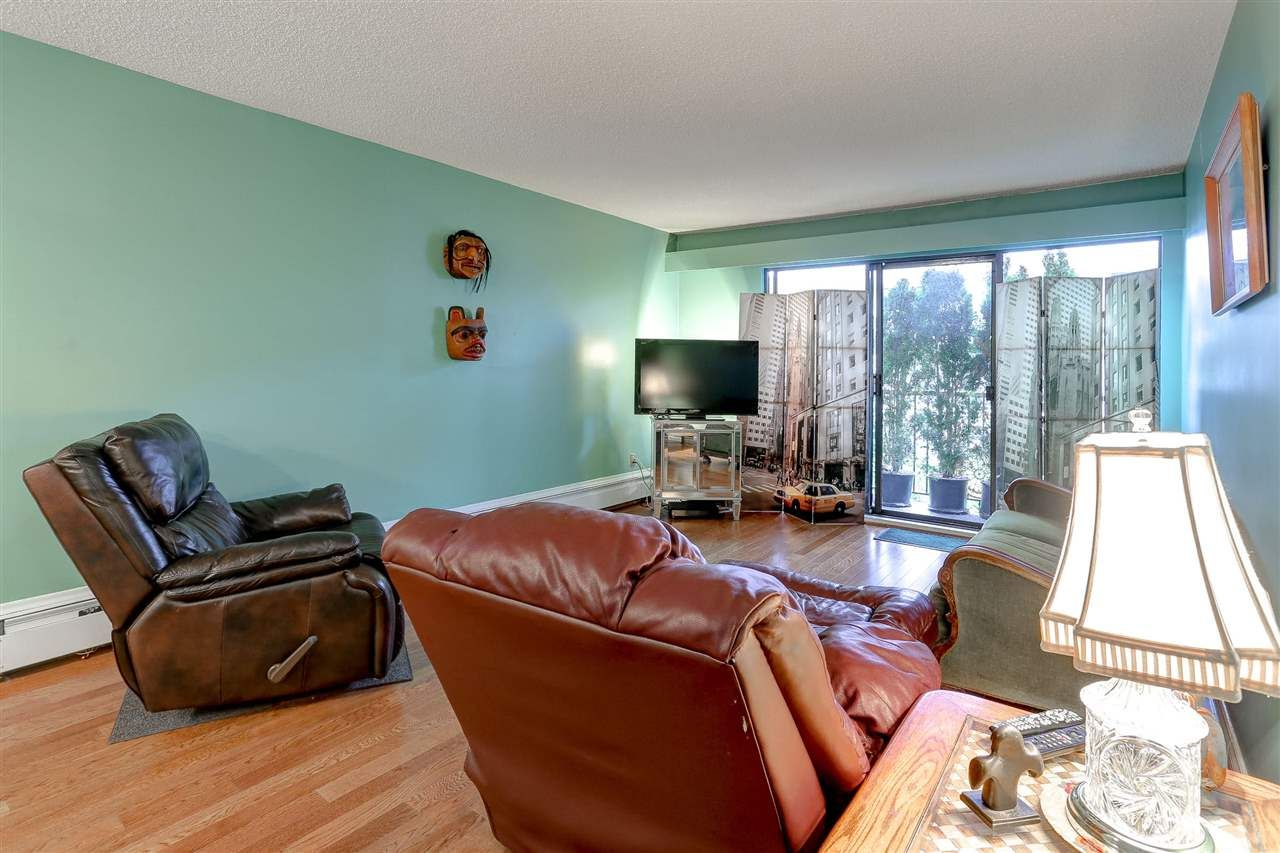 """Photo 2: Photos: 310 466 E EIGHTH Avenue in New Westminster: Sapperton Condo for sale in """"PARK VILLA"""" : MLS®# R2117704"""
