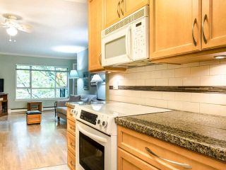 """Photo 11: 215 555 W 14TH Avenue in Vancouver: Fairview VW Condo for sale in """"Cambridge Place"""" (Vancouver West)  : MLS®# R2470013"""