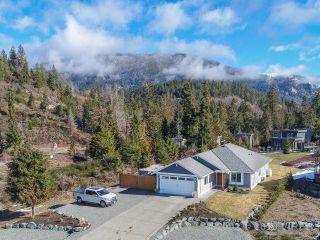 Photo 3: 7268 LAKEFRONT DRIVE in LAKE COWICHAN: Z3 Lake Cowichan House for sale (Zone 3 - Duncan)  : MLS®# 452002