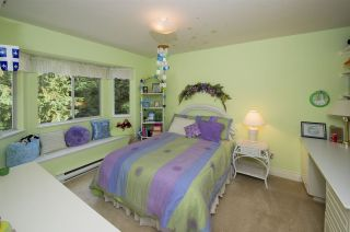 """Photo 12: 15 PARKGLEN Place in Port Moody: Heritage Mountain House for sale in """"HERITAGE MOUNTAIN"""" : MLS®# R2207752"""