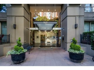 """Photo 2: 707 969 RICHARDS Street in Vancouver: Downtown VW Condo for sale in """"THE MONDRIAN"""" (Vancouver West)  : MLS®# R2599660"""
