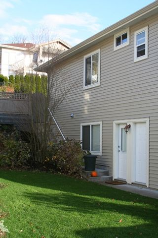 """Photo 13: 3360 HARVEST Drive in Abbotsford: Abbotsford East House for sale in """"THE HIGHLANDS"""" : MLS®# F2832214"""