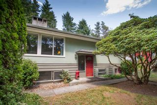 Photo 1: 1549 DEPOT Road in Squamish: Brackendale House for sale : MLS®# R2605847