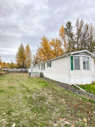 Photo 2: 106 2500 GRANT Road in Prince George: Hart Highway Manufactured Home for sale (PG City North (Zone 73))  : MLS®# R2622359
