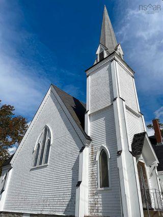 Photo 4: 36 John Street in Shelburne: 407-Shelburne County Commercial  (South Shore)  : MLS®# 202125745
