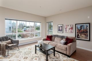 Photo 5: 204 785 Tyee Rd in : VW Victoria West Condo for sale (Victoria West)  : MLS®# 871469